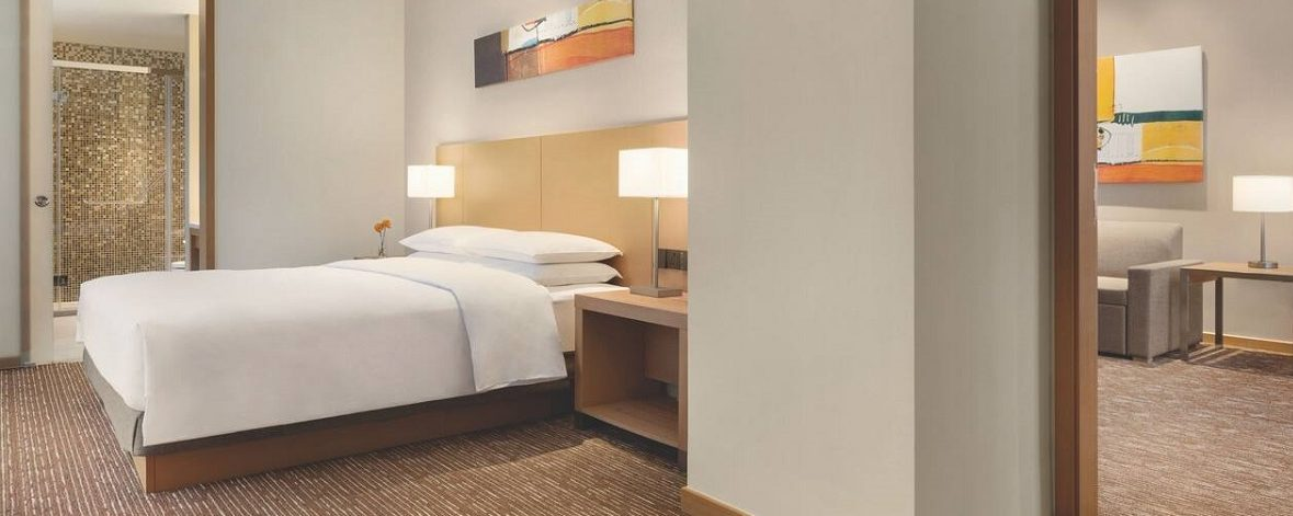 King Bed with Sofabed Suite | Hyatt Place Beijing Daxing